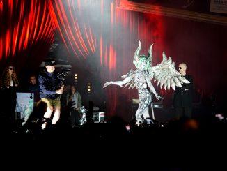 WM Bodypainting Gargoyle von Claudia Kraemer und Enrico Lein auf der Bühne